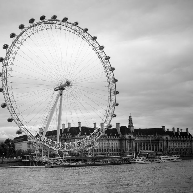 London Eye Black and White